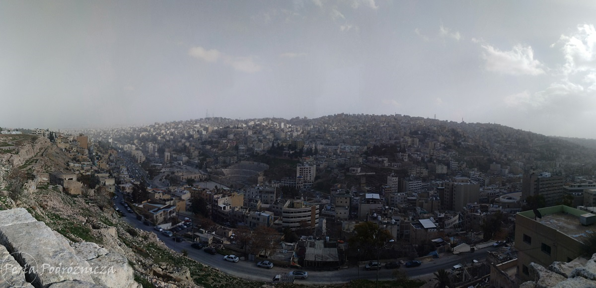 Panorama na miasto Amman z Cytadeli