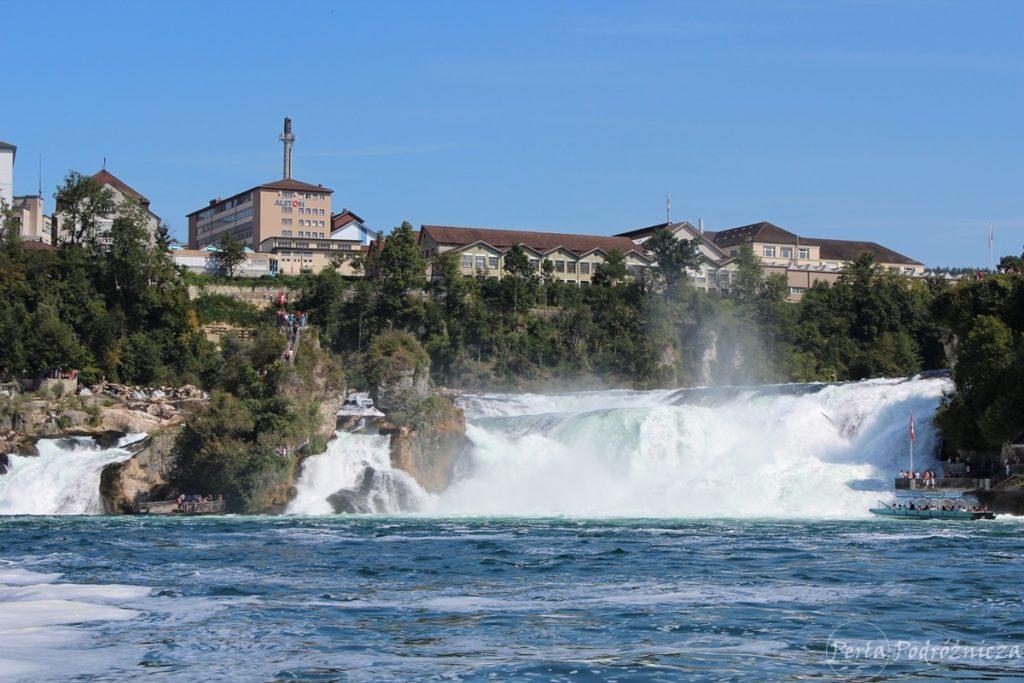 Widok na wodospady Renu