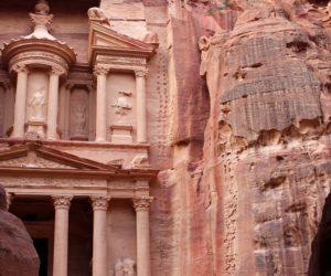 Petra – skalne miasto w Jordanii